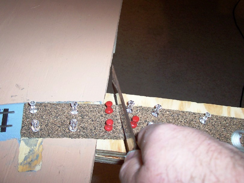 Cutting cork roadbed - throw plate side